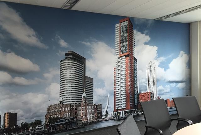 Landelijk Parket Rotterdam : Kop van zuid wandreclame rotterdam